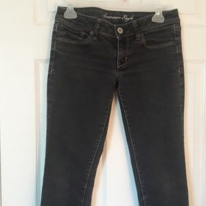 American Eagle  low Rise skinny jeans Size 6